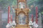 El domingo, procesión del Corpus Christi
